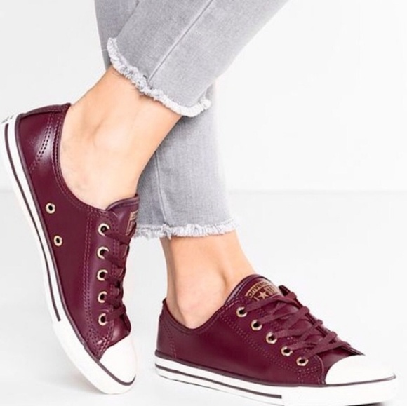 aee1cdfc11c9 Converse Chuck Taylor Dainty Oxford Shoe Sangria